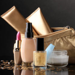 All Cosmetic Bags & Makeup Cases